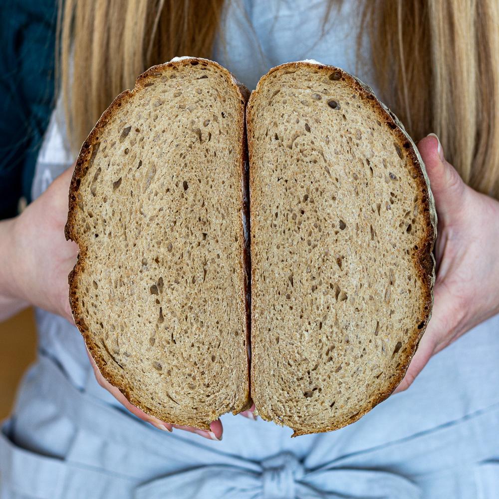 Kváskový špaldový chléb s černým pivem